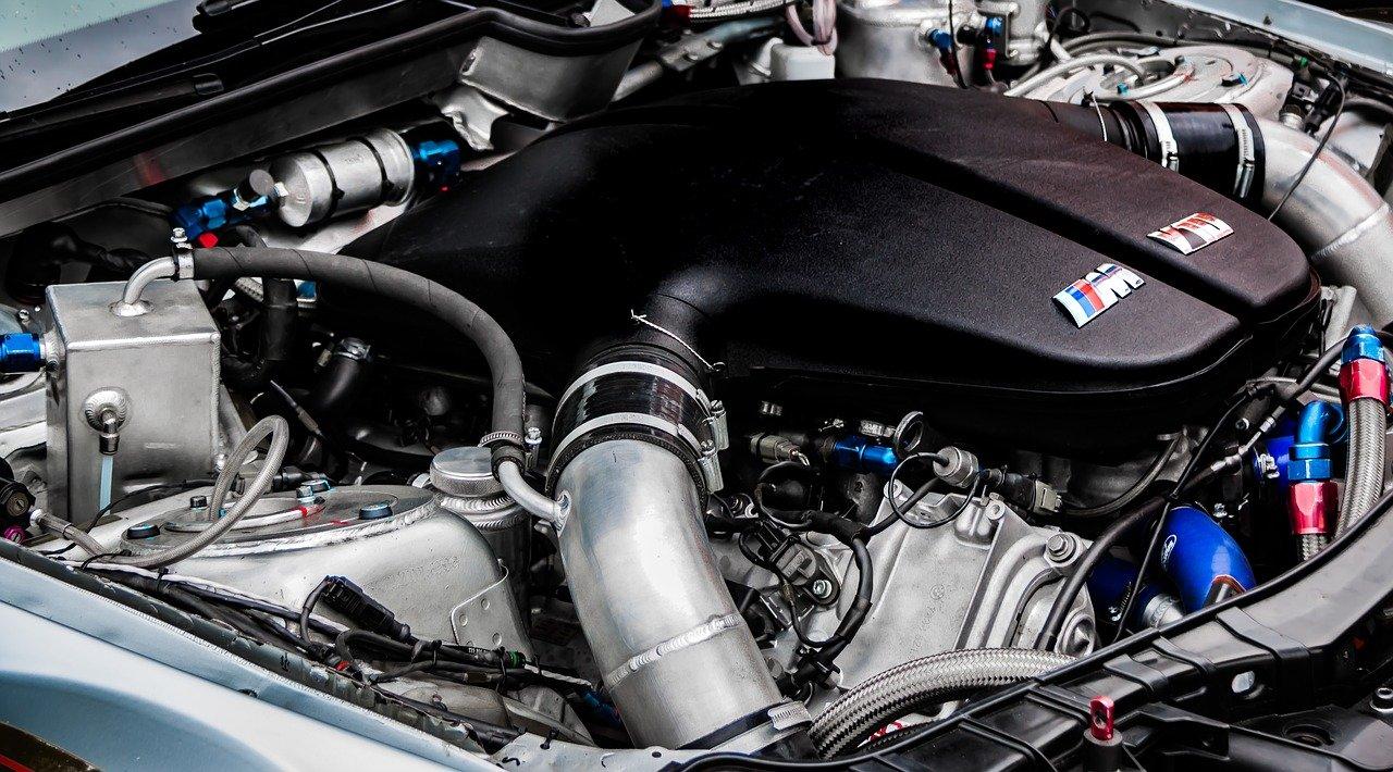 Czy licytacje komornicze w przypadku samochodów to ryzykowny zakup?